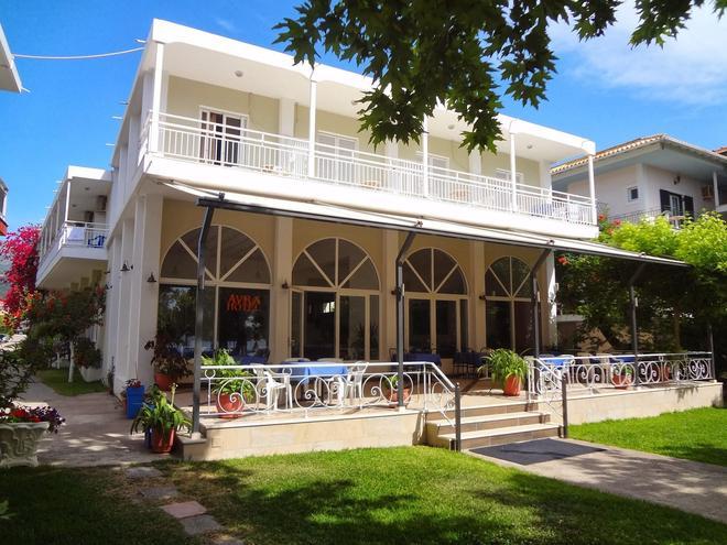阿夫拉海滩酒店 - 莱夫卡扎 - 建筑