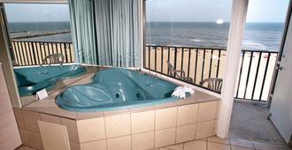帆船旅馆 - 弗吉尼亚海滩