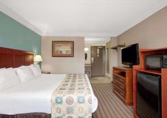 华美达休斯敦洲际机场南酒店 - 休斯顿 - 睡房