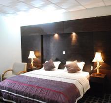 西提洛基酒店