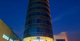 伊斯坦布尔阿塔图尔克机场丽笙公园酒店 - 伊斯坦布尔 - 建筑
