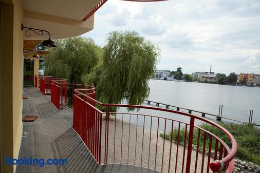 弗拉斯巴德旅馆 - 柏林 - 阳台