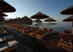 阿文拉度假别墅 - 布德瓦 - 海滩