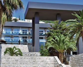 阿文拉度假别墅 - 布德瓦 - 建筑