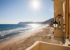 莎沃丽雅酒店 - 阿拉西奥 - 海滩