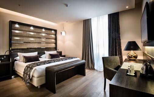 米兰大教堂广场酒店 - 米兰 - 睡房