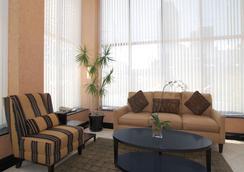 长岛城凯富酒店 - 皇后区 - 休息厅