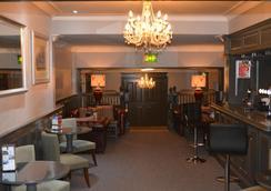 艾特罗普农庄酒店 - 曼彻斯特 - 餐馆