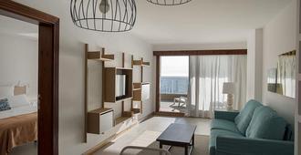 布甘维拉公寓 - 仅限成人 - 马斯帕洛马斯 - 客厅