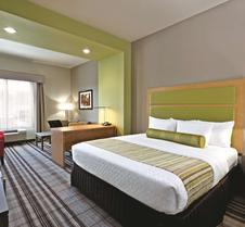 帕迪尤卡拉金塔旅馆及套房
