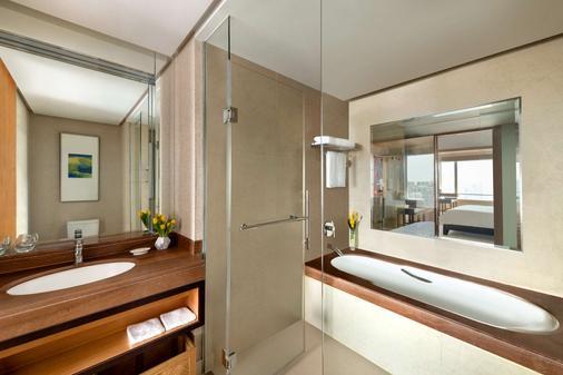 上海浦东嘉里大酒店 - 上海 - 浴室