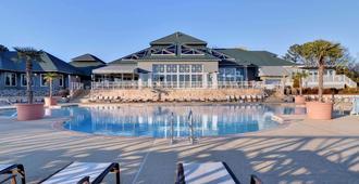 金斯米尔度假酒店 - 威廉斯堡 - 游泳池
