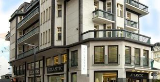 大西洋宫 EA 酒店 - 卡罗维发利