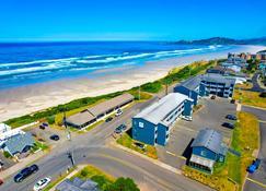 OYO 俄勒冈纽波特 - 奈伊海滩海浪酒店 - 纽波特(俄勒冈州) - 海滩