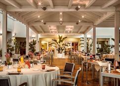 爵士酒店 - 奥尔比亚 - 餐馆