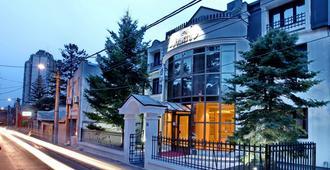 佳妮沃思福酒店 - 贝尔格莱德 - 建筑