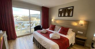 莫泰莱斯布鲁兹康泰克酒店 - 翁弗勒尔 - 睡房