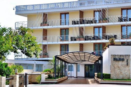 普格诺奇乌索法洛度假村酒店 - 维耶斯泰 - 建筑