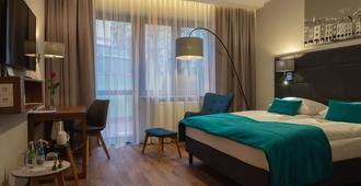 波兹南中心托帕兹酒店 - 波兹南 - 睡房