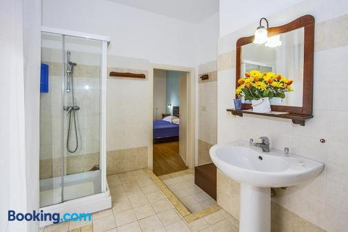妈妈思思B&B酒店 - 莱切 - 浴室