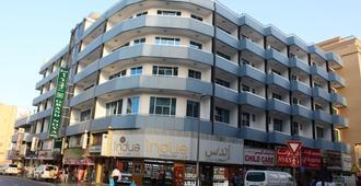 迪拜新酒店 - 迪拜 - 建筑