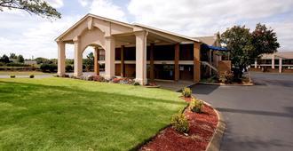 默夫里斯伯勒美洲最佳价值套房酒店 - 默夫里斯伯勒 - 建筑
