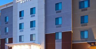 迪金森烛木套房酒店 - 迪金森