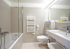 帕哈阿维尼翁南贝斯特韦斯特酒店 - 阿维尼翁 - 浴室