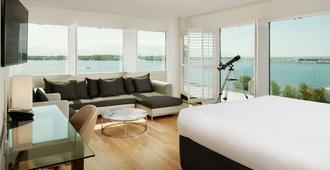 多伦多海军上将丽笙酒店 - 多伦多 - 睡房