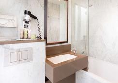树林香榭丽舍酒店 - 巴黎 - 浴室