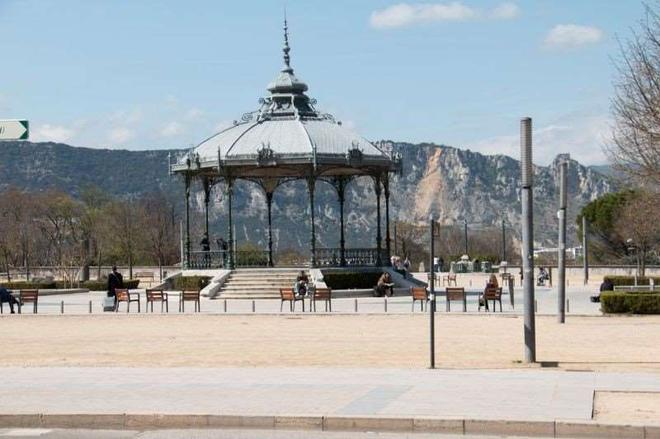 里昂酒店 - 瓦朗斯 - 户外景观