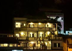 安诺斯海洋旅馆 - 阿拉亚尔-杜卡布 - 建筑
