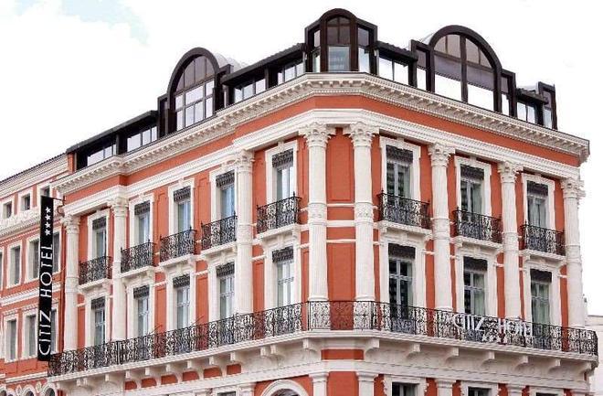 斯特兹酒店 - 图卢兹 - 建筑