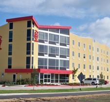 博蒙特红屋顶套房酒店