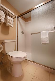 西佳丹佛西南酒店 - 莱克伍德 - 浴室