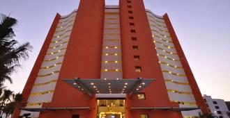 日落广场海滩温泉度假村 - 巴亚尔塔港 - 建筑