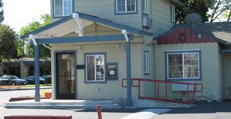 聖羅莎北灣旅館 - 圣罗莎 - 建筑