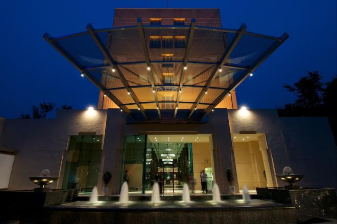 蓝钻石- Ihcl 塞勒克逊酒店 - 浦那 - 建筑