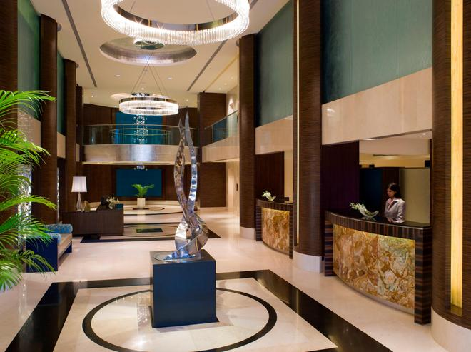 蓝钻石- Ihcl 塞勒克逊酒店 - 浦那 - 大厅