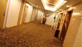 塞达宇卡拉巴加丁酒店 - 雅加达 - 门厅