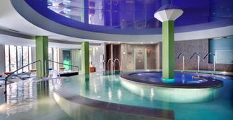 梅诺卡西方酒店 - 桑特柳伊斯 - 游泳池