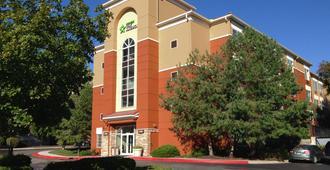 堪萨斯市乡村俱乐部广场美国长住酒店 - 堪萨斯城 - 建筑