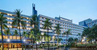安佐尔会议中心美居酒店 - 北雅加达 - 建筑