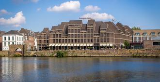 马斯特里赫特皇冠假日酒店 - 马斯特里赫特 - 建筑