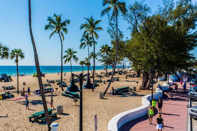 最佳西方Plus欧申赛德旅馆 - 劳德代尔堡 - 海滩