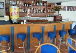 帕斯娜公寓式酒店 - 拉纳卡 - 酒吧