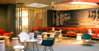 宜必思里昂帕尔杜诺乐斯酒店 - 里昂 - 休息厅