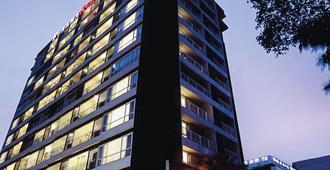 曼谷富丽萨通酒店 - 曼谷 - 建筑