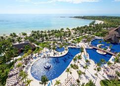 巴塞罗玛雅海滩度假村 - 式 - 西普哈 - 游泳池