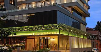 苏巴精英酒店 - 瓦多达拉(巴罗达)